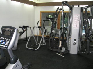 The Windward Pointe fitness center
