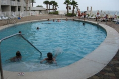 Windward Pointe outdoor pool